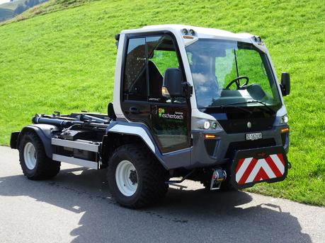Neues Kommunalfahrzeug für den Werkdienst