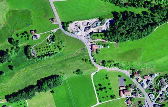Kieswerk Sonnenfeld, Ermenswil (Ansicht von oben, Quelle: geoportal)