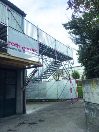 Treppenturm als prov. Zugang